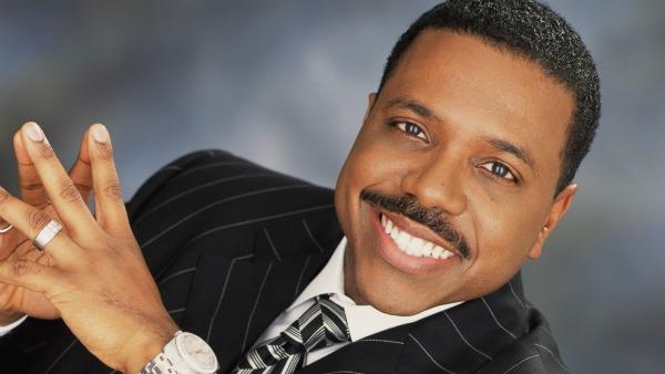 Creflo Dollar - 10 Richest Pastor
